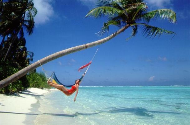 Girl-on-Beach-Hammock